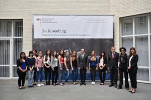 ©Bundesministerium der Justiz und für Verbraucherschutz Der AbiBac-Kurs 12 mit Justizminister Heiko Maas, Prof. Dr. Görtemaker, Prof.Dr. Schumann und Frau Gerhardt